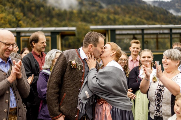 traditional costume wedding in front of wälderbähnle
